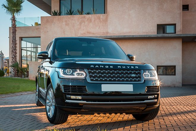 rent a range rover vogue 2017 in marrakech morocco nova. Black Bedroom Furniture Sets. Home Design Ideas